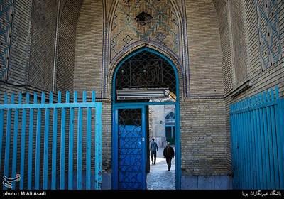 ورودی یکی از مساجد قدیمی محله شوش