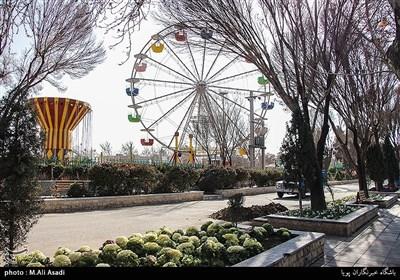 بوستان بعثت با ۵۳۰ هزار متر مربع مساحت یکی بوستانهای بزرگ جنوب تهران است که از مهمترین راههای تنفسی منطقه ۱۶ تهران هم به حساب میآید.