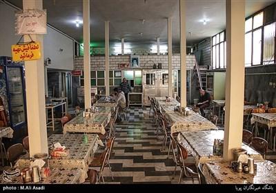 غذا خوری ملت در نزدیکی میدان شوش که قدمتی نزدیک ۳۰ سال دارد