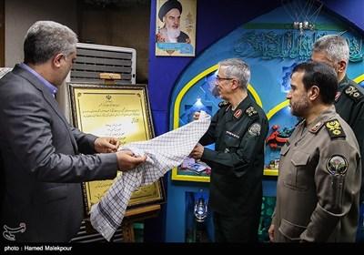 رونمایی از اسناد ثبت ملی 12 یادمان دفاع مقدس توسط سرلشکر محمد باقری رئیس ستاد کل نیروهای مسلح و علیاصغر مونسان رئیس سازمان میراث فرهنگی