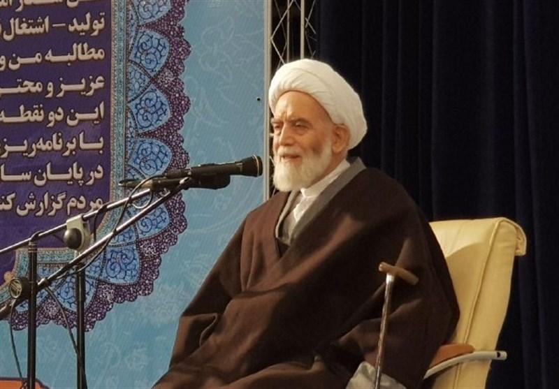 امامجمعه همدان: دشمن بهدنبال کوچک جلوهدادن دستاوردهای بزرگ انقلاب اسلامی است