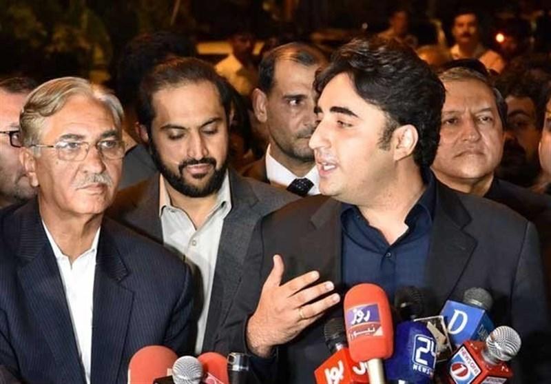 رئیس حزب مردم: تحریک انصاف و حزب نواز علیه ما با گروههای تروریستی متحد شدهاند