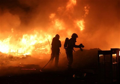 آتش سوزی گسترده در کارگاه 2 هزار متری جاده خاوران