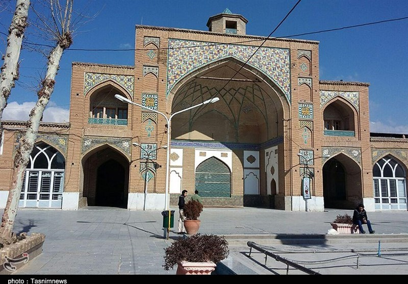 The Soltani Mosque: A Large Mosque in the Centre of Borujerd, Iran