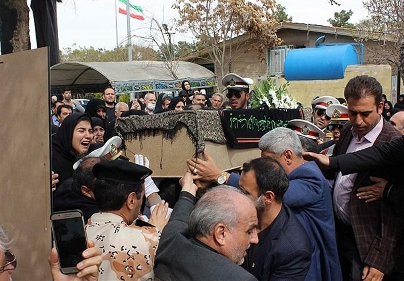 پیکر پدر شهیدان اسماعیلی در گلزار شهدای تهران آرام گرفت+عکس