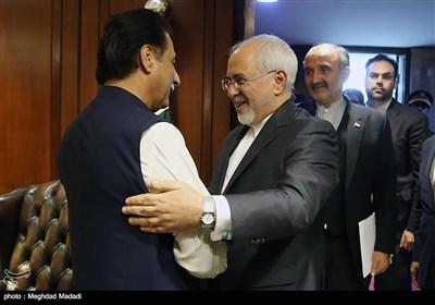 دیدار محمد جواد ظریف وزیر امور خارجه ایران و سردار ایاض صادق رییس مجلس ملی پاکستان