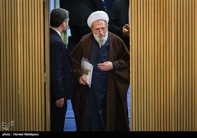 ورود آیتالله محمد محمدی ریشهری به مراسم افتتاحیه چهارمین اجلاسیه دوره پنجم مجلس خبرگان رهبری