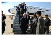Zarif Visits Karachi in Tour of Pakistan