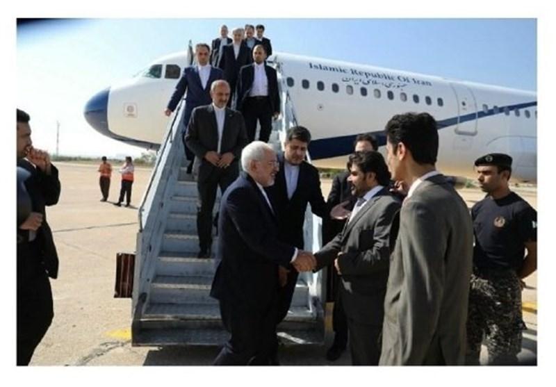 Zarif Visits Karachi in Tour of Pakistan