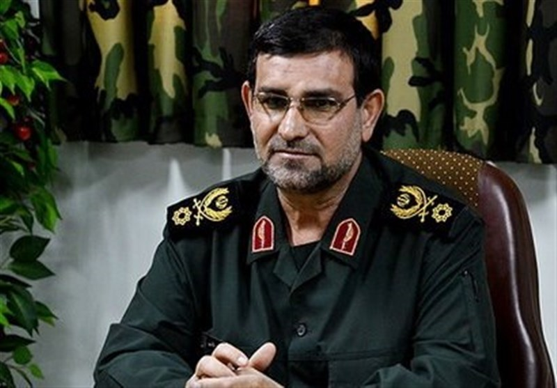 Leader Appoints New Commander to IRGC Navy