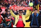 حاشیه دیدار تراکتورسازی – سایپا|حضور هواداران در ورزشگاه یادگار امام (ره) تبریز + عکس