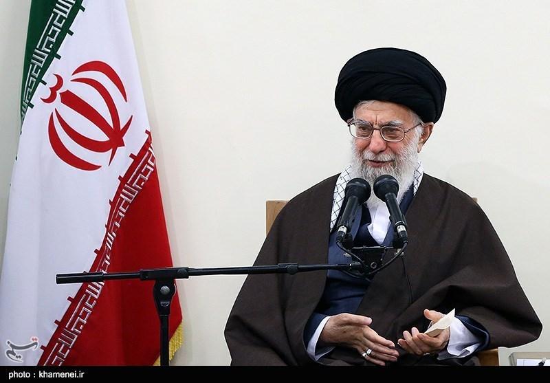 امام خامنهای: تعرض به حریم مردم در پیامرسانهای داخلی «حرام شرعی» است