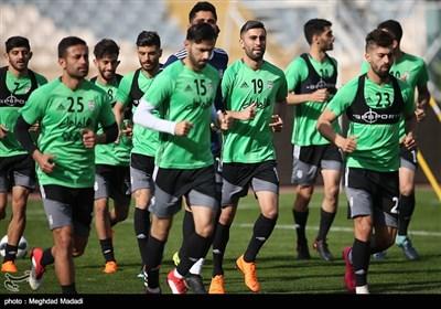 «سورپرایز بامدادی» با ادامه یک روند اشتباه و بی تفاوتی فدراسیون فوتبال/ کی روش اسامی بازیکنان تیم ملی را در «فیس بوکش» اعلام کرد