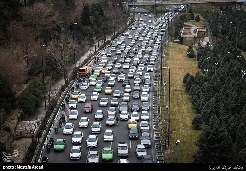 رشت| ترافیک سنگین محور رودبار در استان گیلان در نخستین روز سال نو