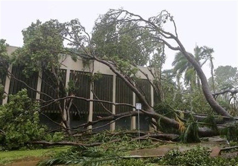 Thousands of Homes without Power after Cyclone Hits Australia