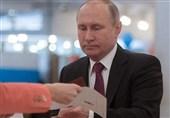 رئیس جمهوی روسیه رای خود را به صندوق انداخت +فیلم