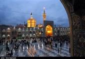 مشهد|صفوف طولانی زائران حرم رضوی برای حضور در رواق امام خمینی(ره)+عکس