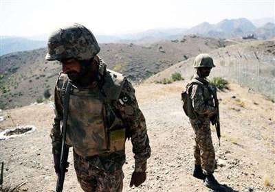 نماینده پارلمان افغانستان: نظامیان پاکستانی 3 کیلومتر وارد خاک افغانستان شده اند