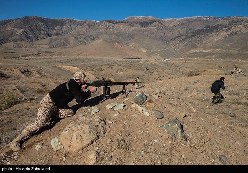 سپاه یک تیم تروریستی را در غرب کشور منهدم کرد/ هلاکت 3 تروریست و شهادت یک بسیجی