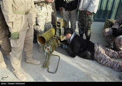نیروهای یگان ویژه فاتحین درحال تمرین با موشک انداز ضدزره توسن(کونکورس)
