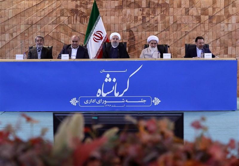 کرمانشاه| روحانی: موضوع امهال وام به زلزلهزدگان در دولت مطرح میشود