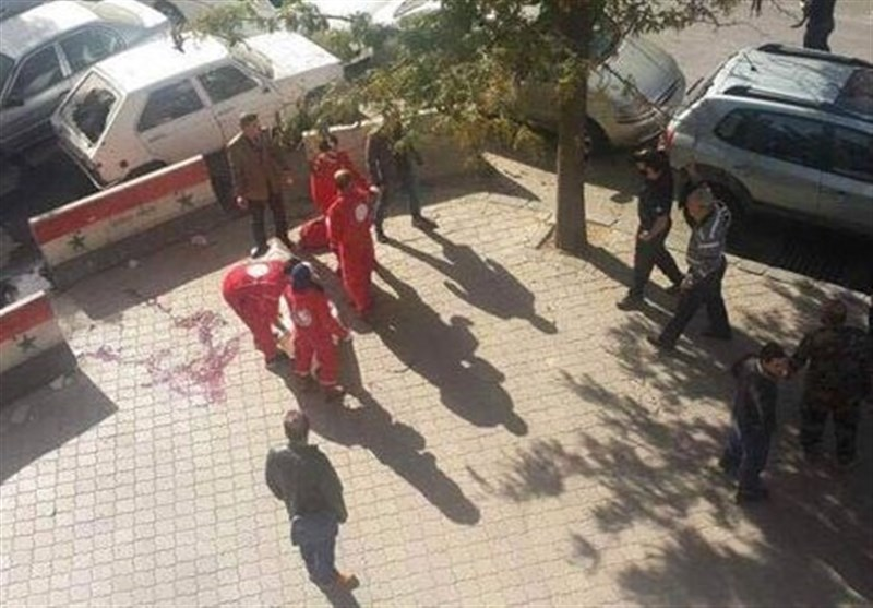 29 کشته و 23 زخمی در حملات راکتی تروریستها به یک بازار در دمشق