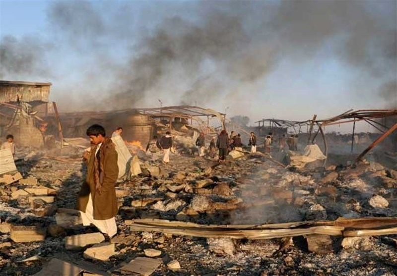نجات شیرخواره یمنی از زیر آوار بمباران پس از ۳ روز+عکس