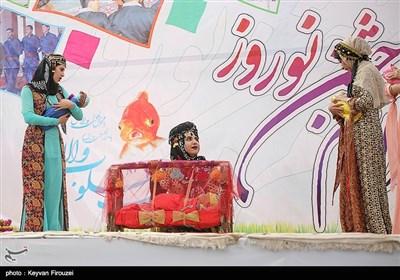 مراسم آیینی استقبال از گردشگران نوروزی - سنندج