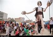 عروسکها برای کودکان مناطق زلزلهزده استان کرمانشاه به حرکت در میآیند