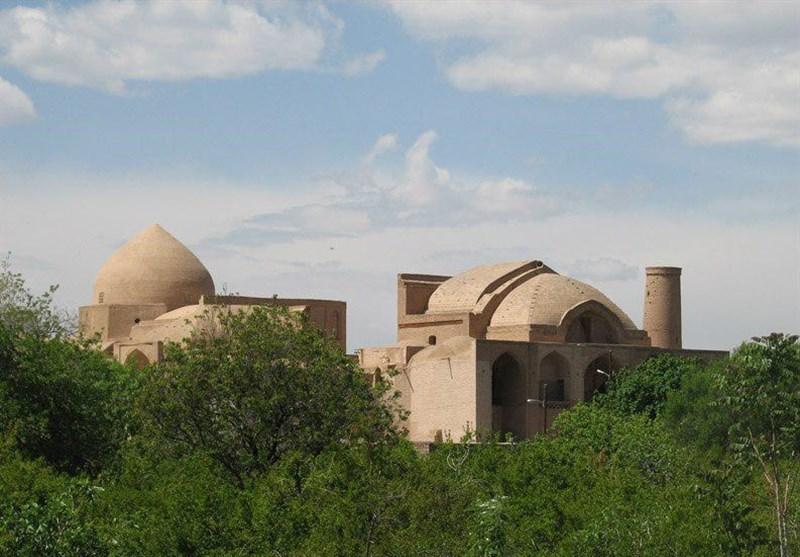 اصفهان| مسجد جامع اردستان نخستین مسجد 2 طبقه جهان اسلام میزبان مسافران نوروزی+ تصاویر