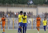 لیگ دسته اول فوتبال|نبرد سرنوشتساز صدرنشین در کرمان/ کار سخت بادران برای عبور از سد نساجی