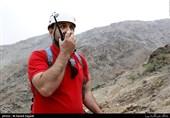 """بانویی از اهالی روستای """"وش"""" به دلیل سقوط از کوه جان باخت/ وضعیت بد جوی مانع از اعزام اورژانس هوایی شد"""