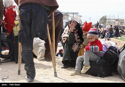 خروج شهروندان سوری از غوطه شرقی