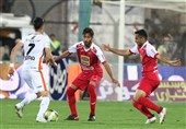 لیگ برتر فوتبال| بازگشت پرسپولیس به لیگ پس از فینالیست شدن در آسیا/ تقابل استاد و شاگرد در زمین بیکیفیت