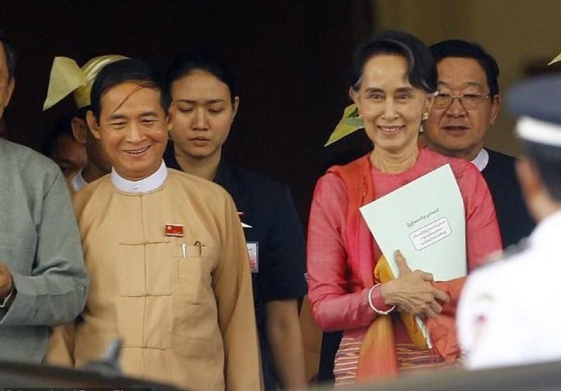Myanmar's President-Elect U Win Myint Sworn in, Pledges 3 Objectives