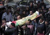 Four Killed, 955 Injured as Palestinians March on Border for Fifth Week
