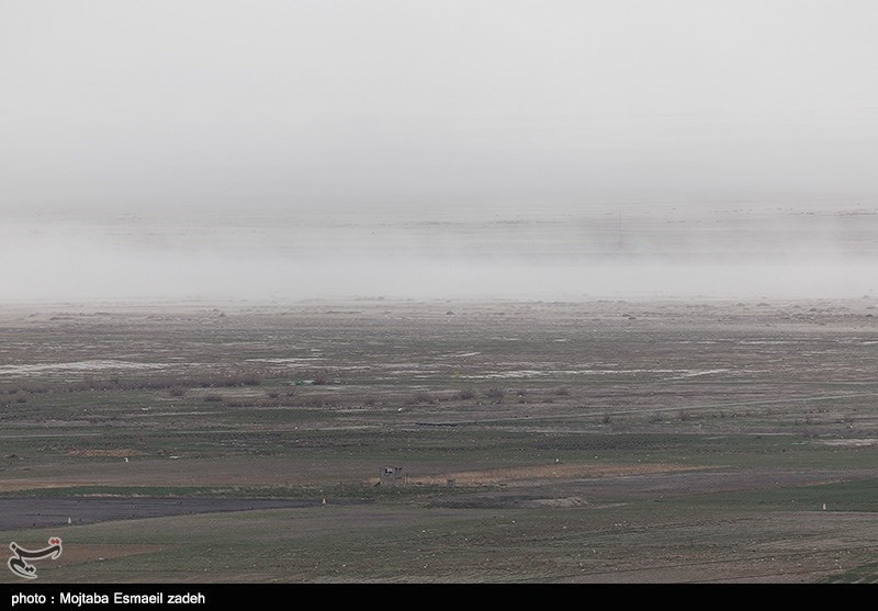 برداشت نمک از دریاچه ارومیه اثرات ریزگردهای نمکی را کاهش میدهد
