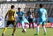 لیگ برتر فوتبال|برتری یک نیمهای پیکان مقابل سپاهان