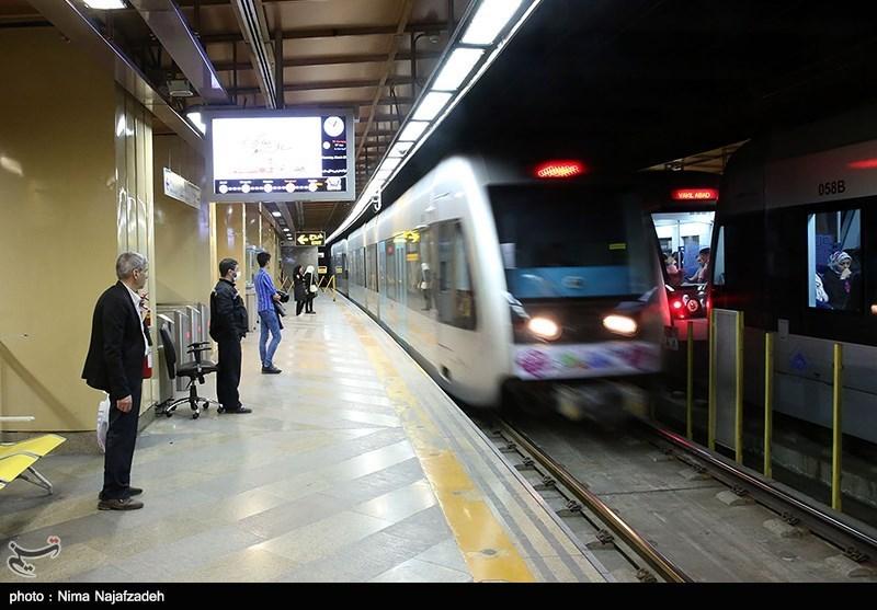 قم  فاز نخست قطار شهری قم امسال به بهرهبرداری میرسد