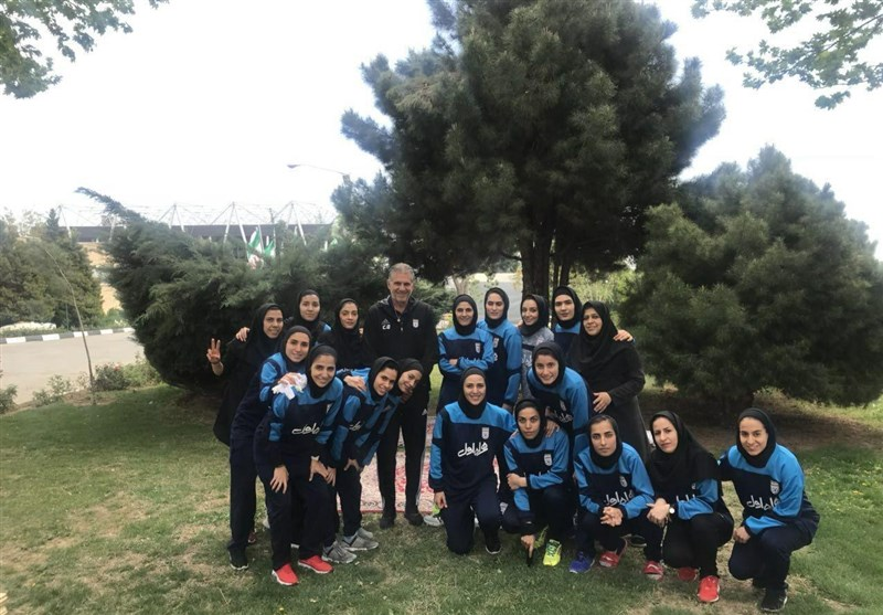Carlos Queiroz and Iranian women futsal