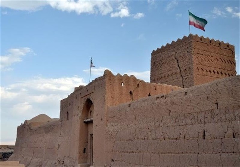 Saryazd Castle: One of the Greatest, Most Beautiful Castles in Iran