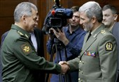 Russian Defense Minister Hails Tehran-Moscow Teamwork in Syria