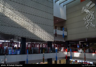 اولین تصاویر از آماده سازی کاخ سی وششمین جشنواره جهانی فیلم فجر