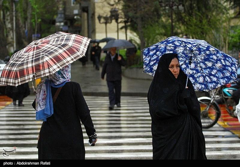 کرمانشاه  تداوم بارش باران و آبگرفتگی معابر عمومی در استان کرمانشاه