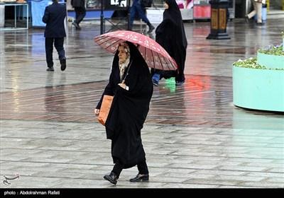 تعطیلات بارانی در کشور/ کاهش 12 درجه ای دما در سواحل خزر