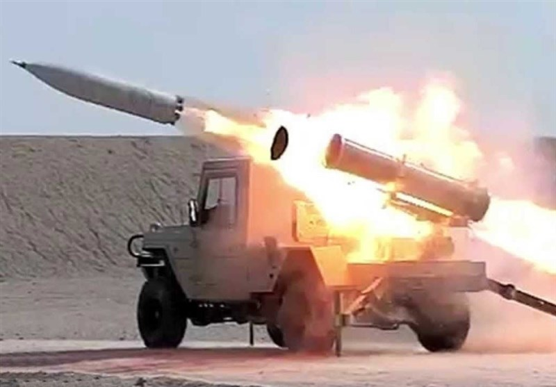ساخت ایران| راکتهای آبی- خاکی فلق ۱ و ۲ + تصاویر