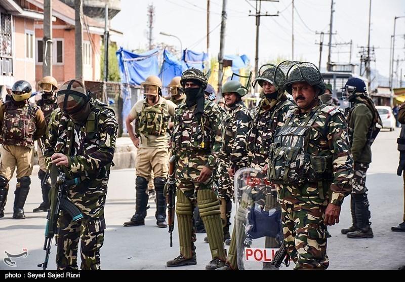 نظامیان هندی با شلیک مستقیم ۱۰ جوان دیگر کشمیری را نیز به شهادت رساندند