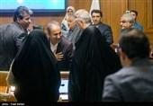 سیاست «فاوستی» اعضای شورای شهر و رای مثبت به آنچه نجفی «خیانت» میداند