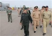 سرلشکر رشید از مناطق نیروی دریایی ارتش در سواحل مکران بازدید کرد