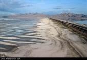 آذربایجان غربی| حجم آب دریاچه ارومیه در عرض یک سال 90 میلیون متر مکعب کاهش یافت